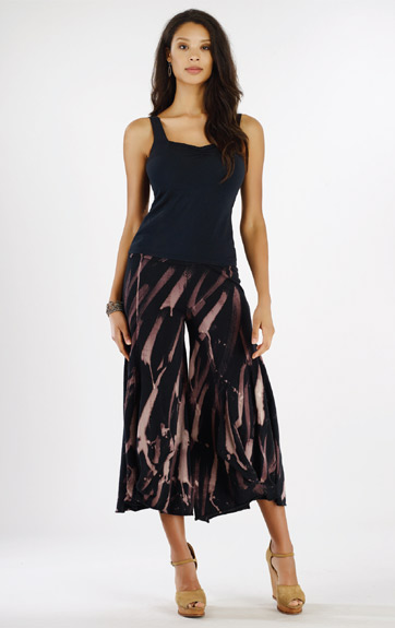 Luna Luz Garment Dyed Sweetheart Tank and Rain Forest Pant