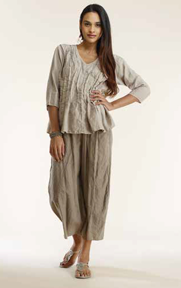 Luna Luz Garment Dyed Linen Pleated Top and Cropped Pants